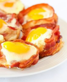 bacon-egg-pancake-cups