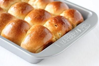 Sour Cream Bread Rolls Kirbie S Cravings