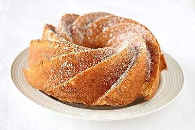 Whipped cream cake - Kirbie's Cravings