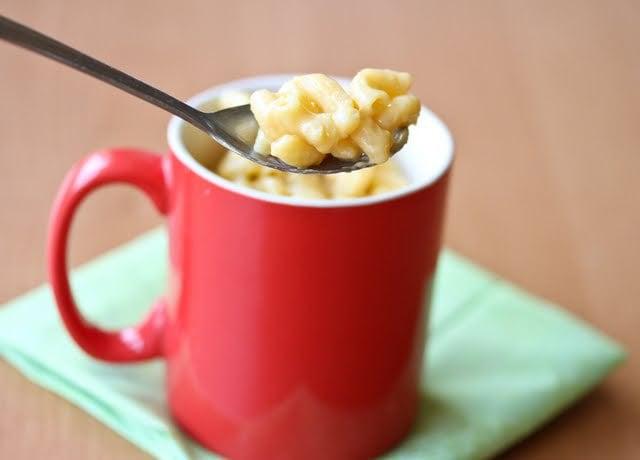 5 Minute Mug Macaroni and Cheese - Kirbie's Cravings