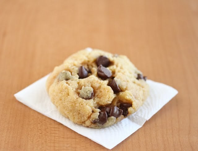 Can You Bake Chocolate Chip Cookies In The Microwave