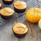 kirbiescravings_4ingredientpumpkinmuffins