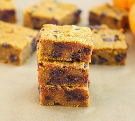 Pumpkin Chocolate Chip Bars - Kirbie's Cravings