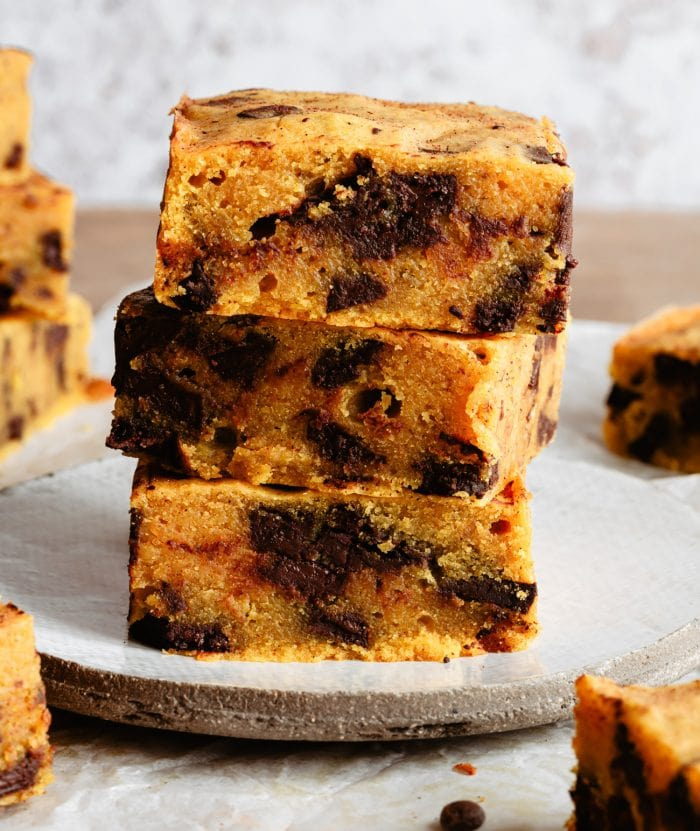 stack of 3 pumpkin chocolate chip bars