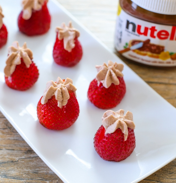 Nutella-cream-stuffed-strawberries