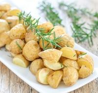 crispy-roasted-rosemary-potatoes-019