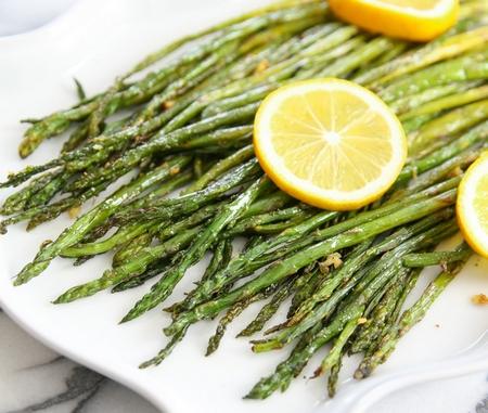 lemon-garlic-roasted-asparagus-011