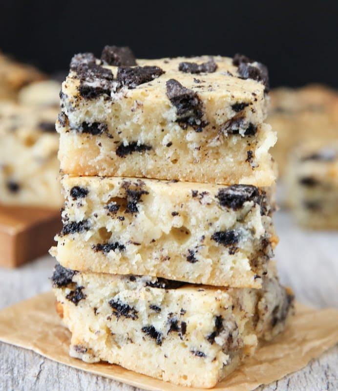 Cookies and Cream Brownies - Kirbie's Cravings