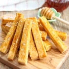 honey-garlic-tofu-fries-3