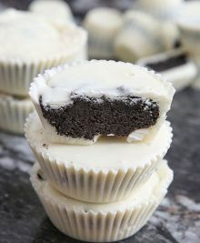 cookies-cream-chocolate-candy-cups-34