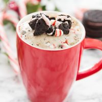 peppermint cookies and cream mug cake