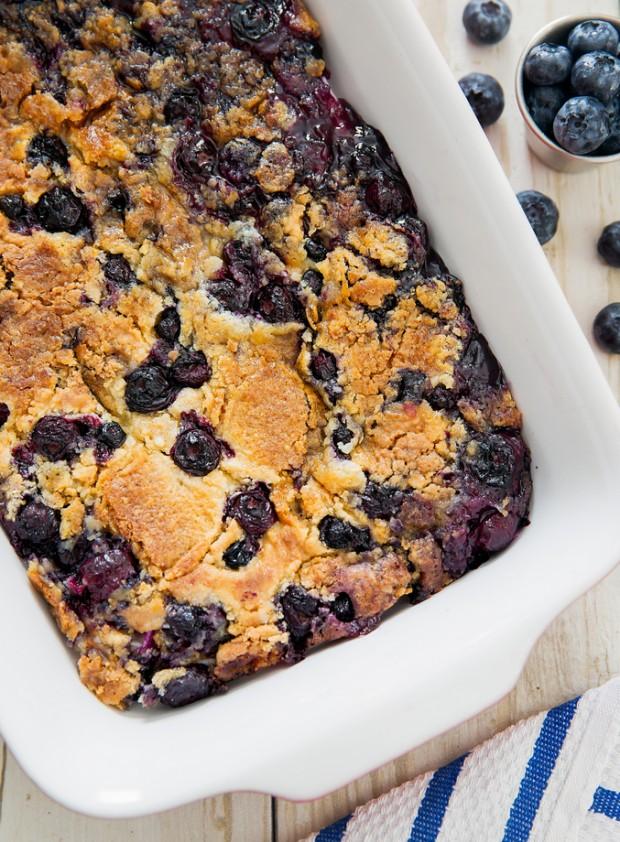 blueberry-cobbler-dump-cake