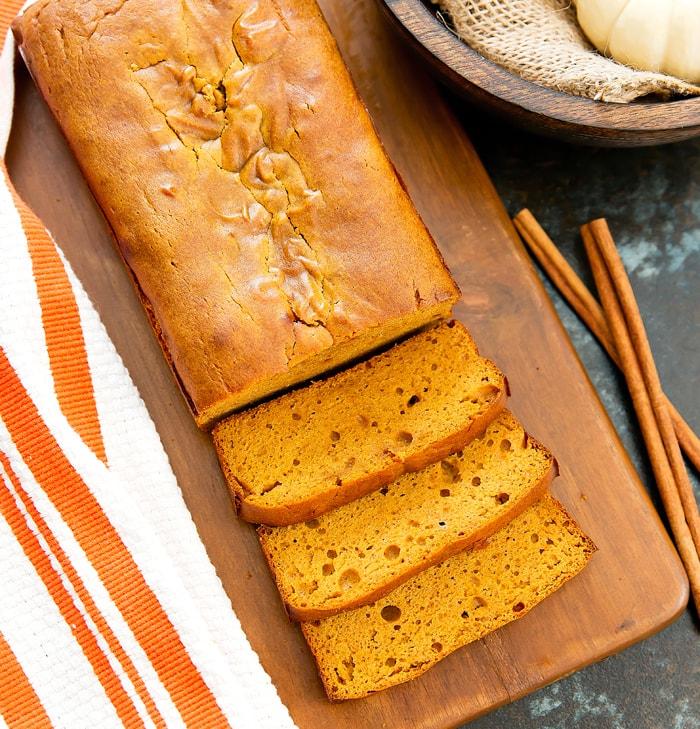 flourless-pumpkin-bread-2