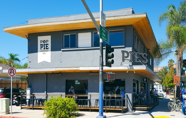 photo of the outside of Pop Pie Co.