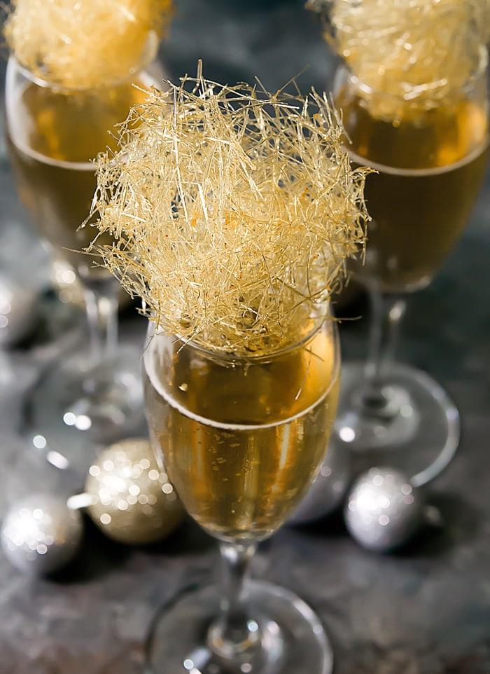 gold-champagne-spun-sugar-cocktails-8a