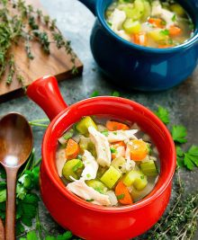 slow-cooker-chicken-noodle-soup-25