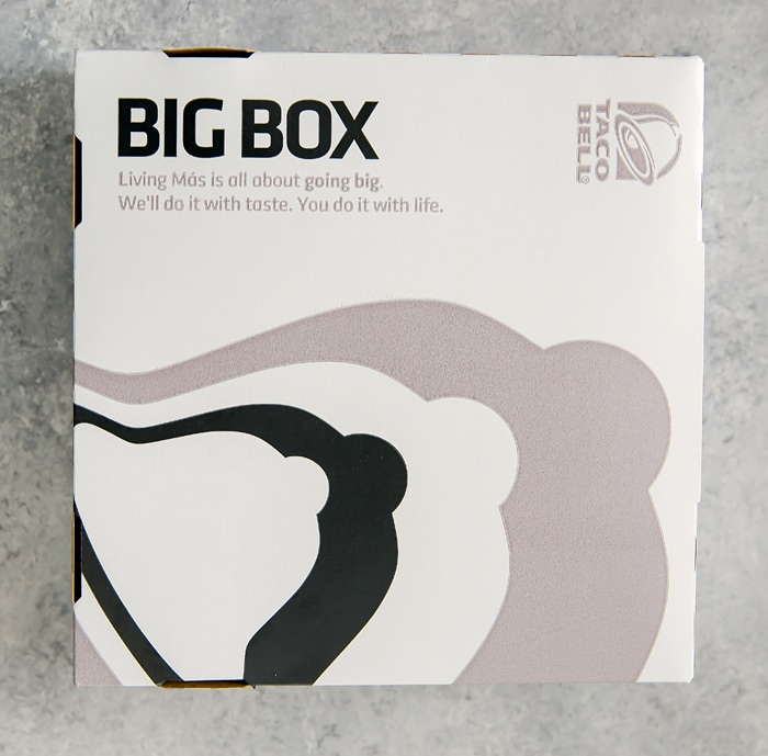 photo of the $5 box at Taco Bell
