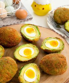 crispy-eggs-in-avocados-29a