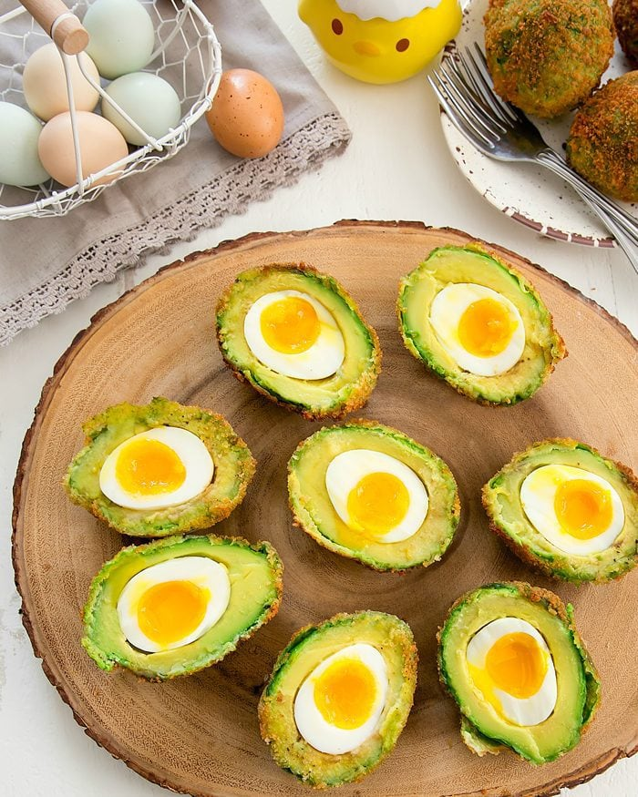 crispy-eggs-in-avocados-35a