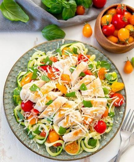 bruschetta-chicken-zucchini-noodles-2