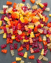vegan-fruit-snack-gummies-9