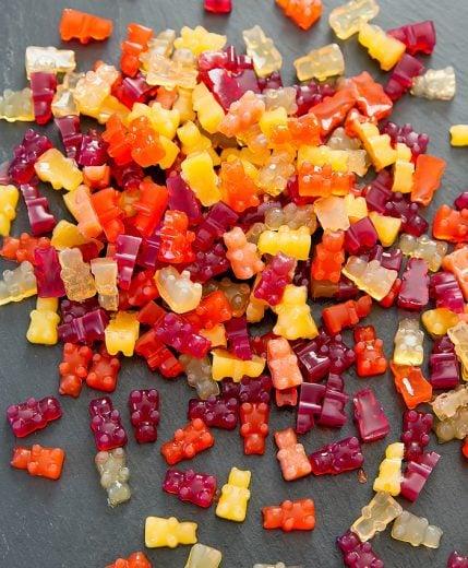 vegan-fruit-snack-gummies-9