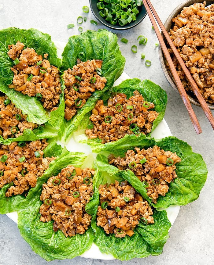 overhead photo of chicken lettuce wraps