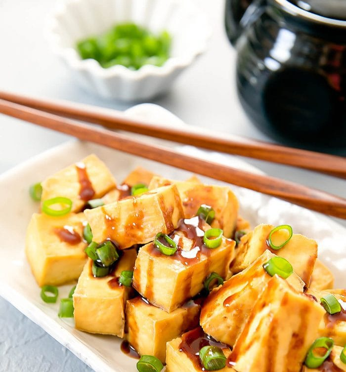 photo of Crispy Baked Tofu garnishes with scallions