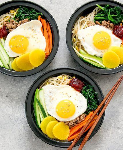 korean-bibimbap-cauliflower-rice-bowls-meal-prep-8a
