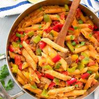 overhead photo of fajita pasta