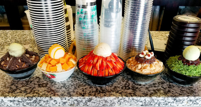 photo of the shaved ice desserts displayed at the register