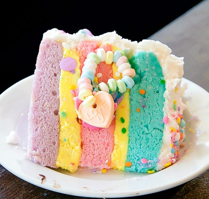 photo of unicorn cake
