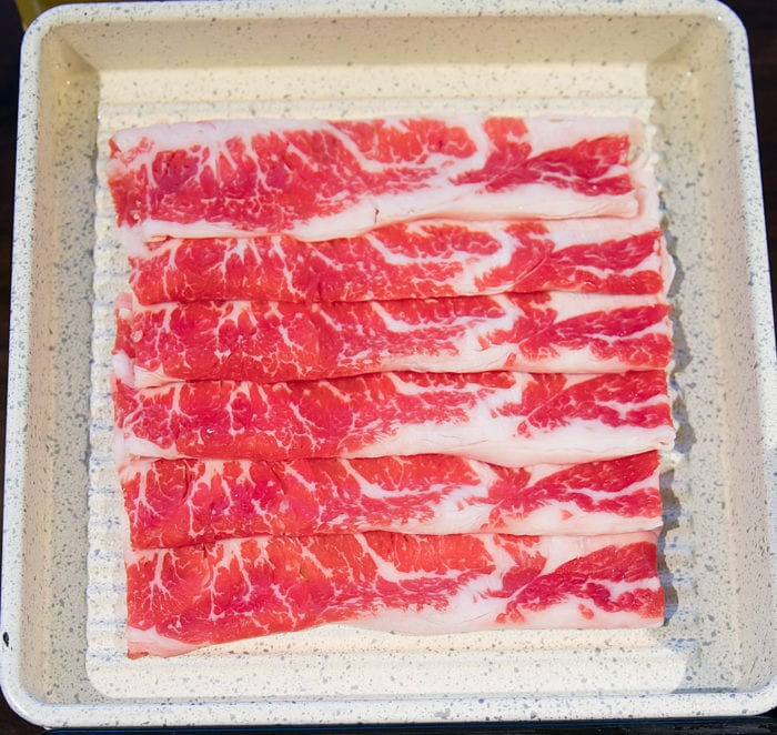 overhead photo of regular sliced beef