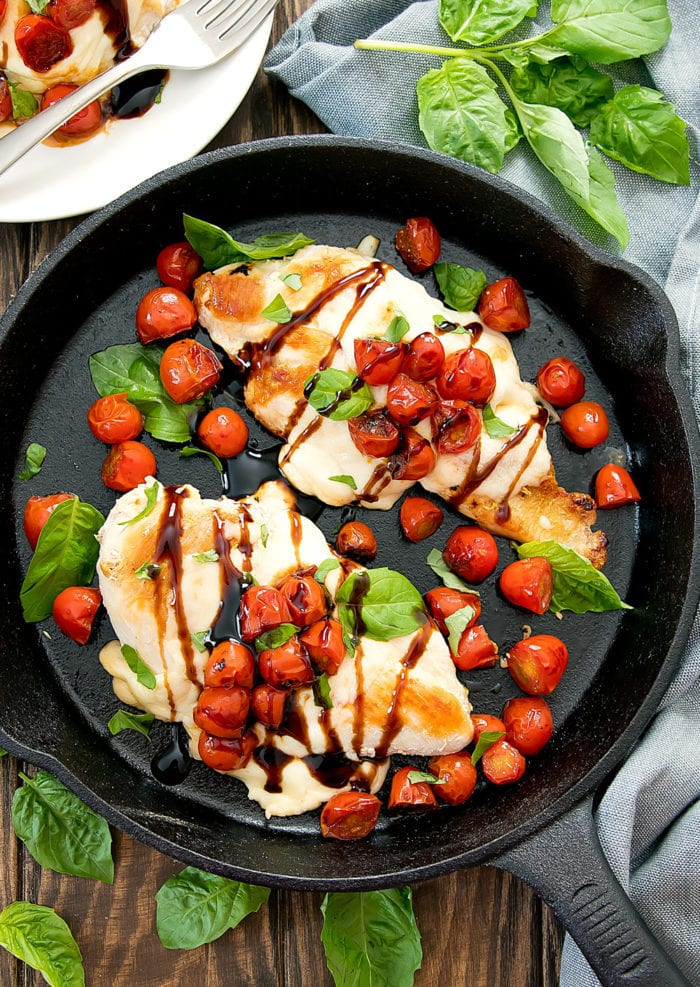 overhead view of caprese chicken