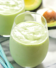 photo of an avocado smoothie