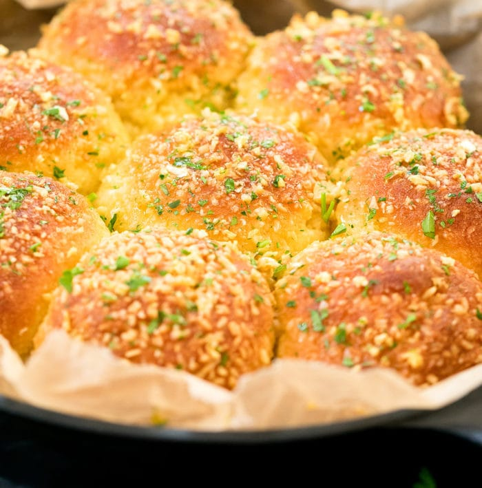 close-up photo of a pan of garlic rolls