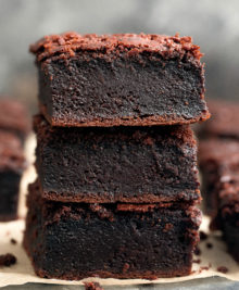 photo of a stack of three mochi brownies