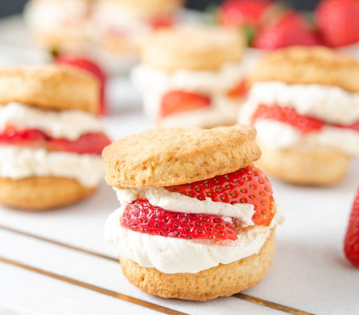 photo of strawberry shortcakes