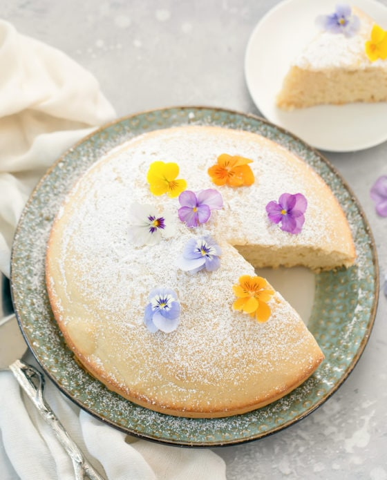 Water Cake (No Eggs, Butter or Milk)