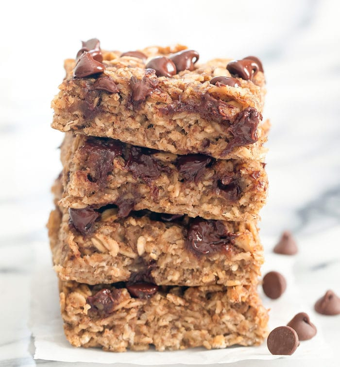 photo of a stack of breakfast oat bars