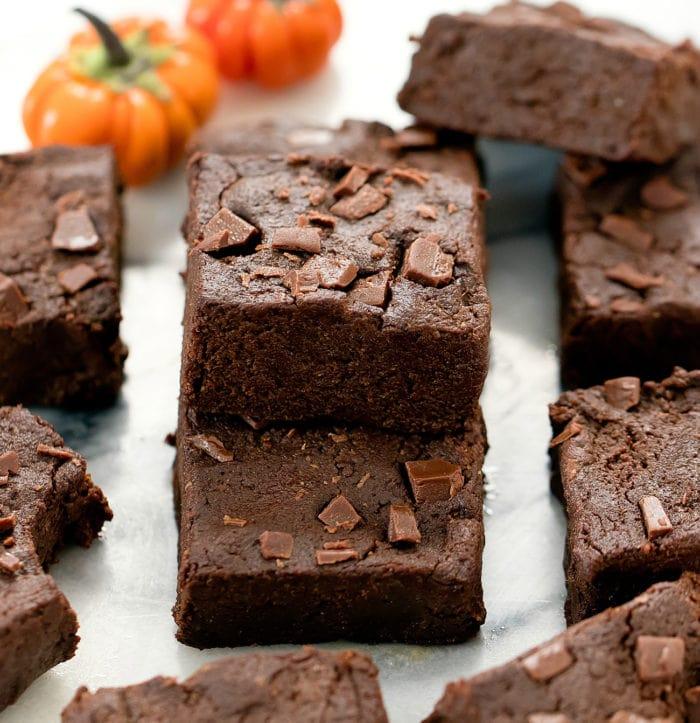 sliced pumpkin brownies