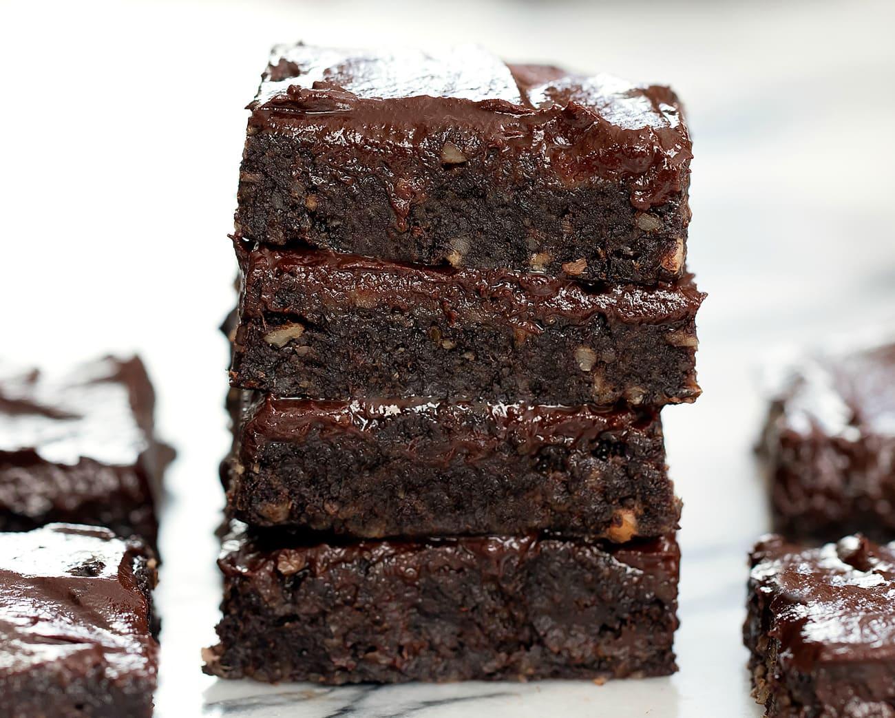 3 Ingredient No Bake Healthy Brownies (No Flour, Eggs, or Refined Sugar)