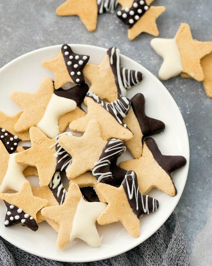 overhead shot of plate of cookies