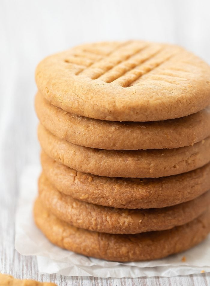 a stack of six cookies