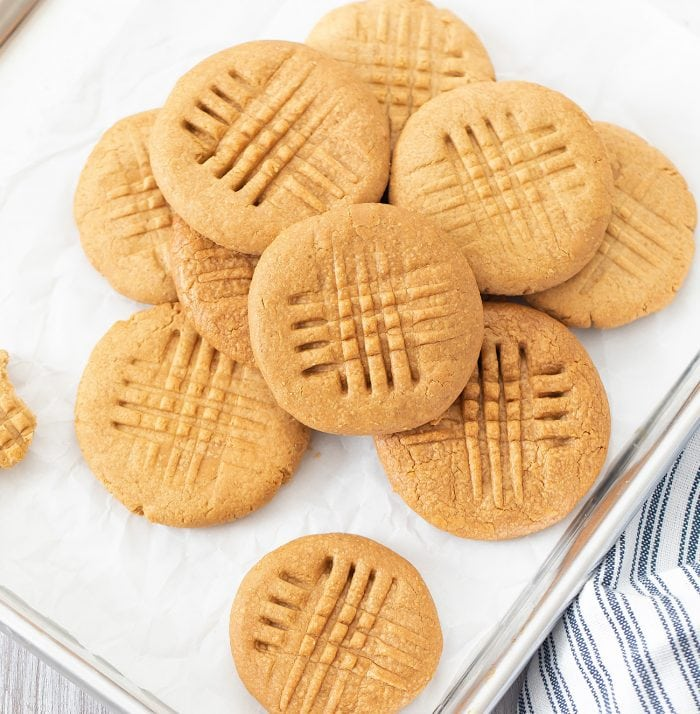 overhead photo of a pile of peanut butter cookies