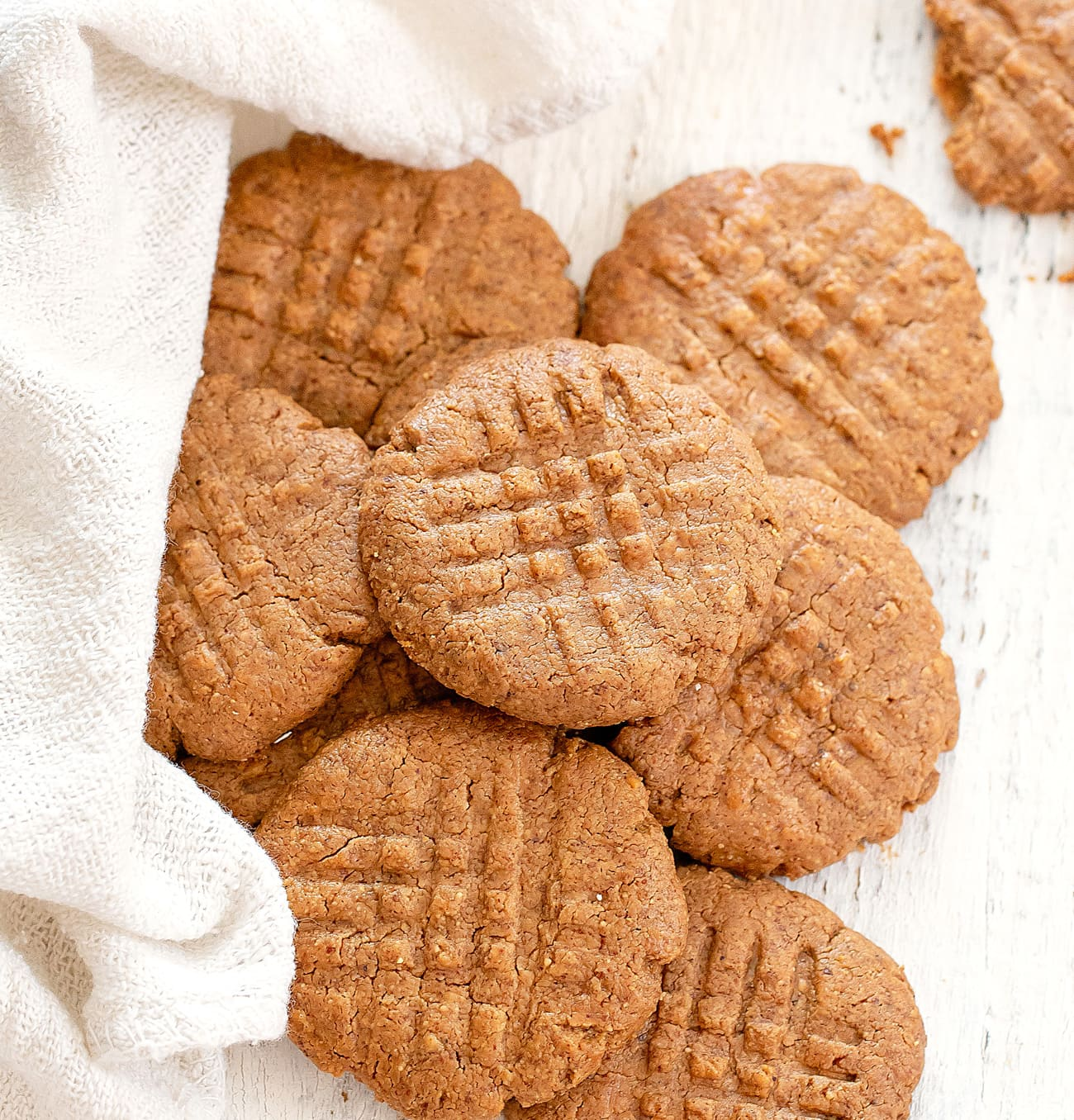 20 Ingredient Keto Almond Butter Cookies