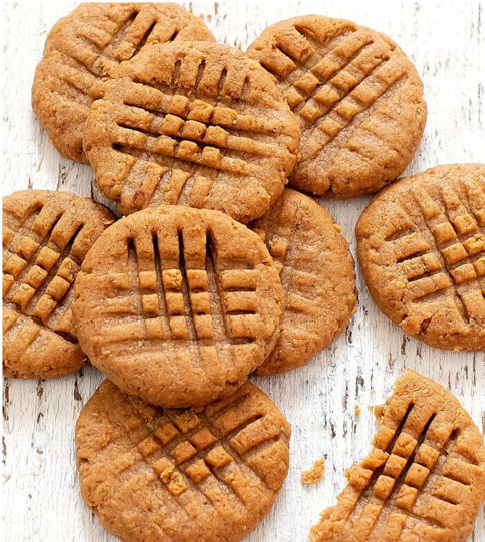 overhead photo of peanut butter banana cookies.