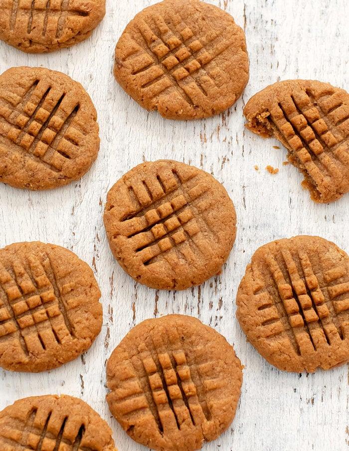 overhead shot of the cookies.
